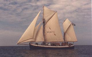 TS Britta under full sail